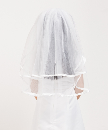 Pencil Edge Scattered Pearl Veil